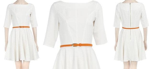 Abbigliamento di colore bianco