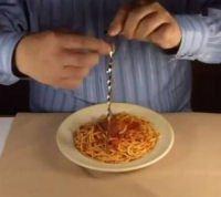 La forchetta trapano per spaghetti