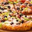 Perde peso mangiando pizza ogni giorno