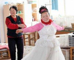 Indossa ogni giorno l'abito del matrimonio