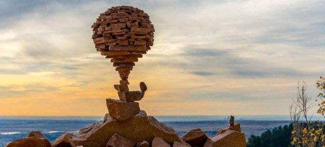 L'artista dell'equilibrio, le foto stupende