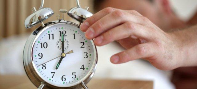 Chi si sveglia presto è più infedele