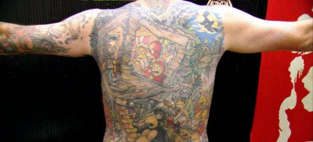 Il più grande tatuaggio a tema Simpson