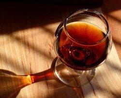 Malattia rara trasforma cibo in alcol