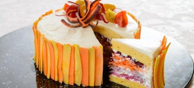 Ecco le fantastiche insalate a forma di torta