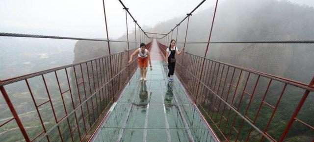 Un ponte... da far girar la testa