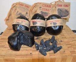 Ecco il formaggio fatto col carbone