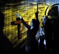 La chiesa con musica techno