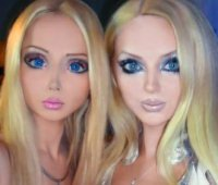 Incontro tra Barbie viventi