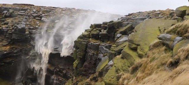 La cascata che... non cade!