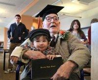 Prende il diploma a 106 anni