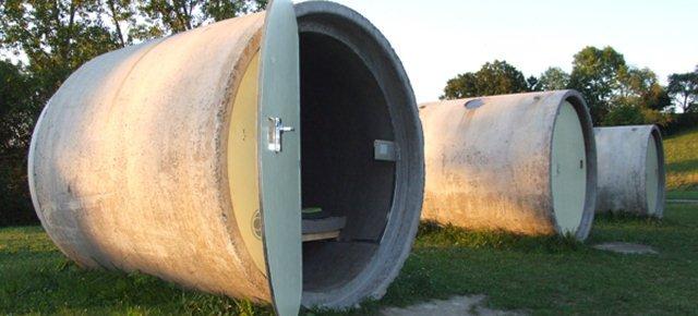 Camere d'albergo dentro un tubo