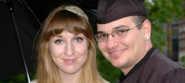 Finge di morire per non sposarsi