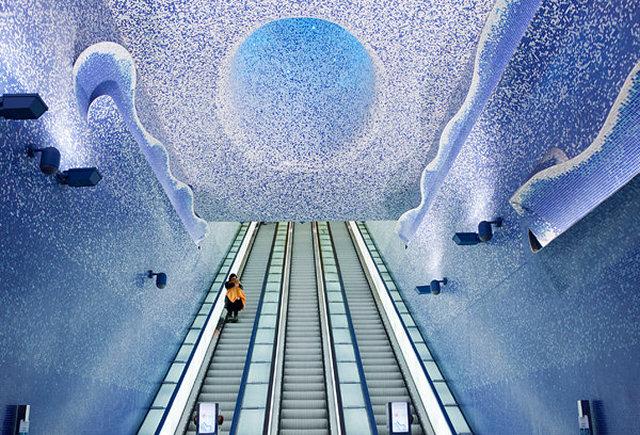 A Napoli la metro più bella del mondo 2