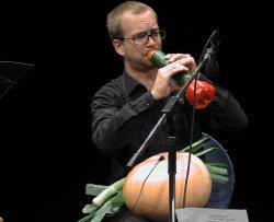 L'orchestra che suona ortaggi