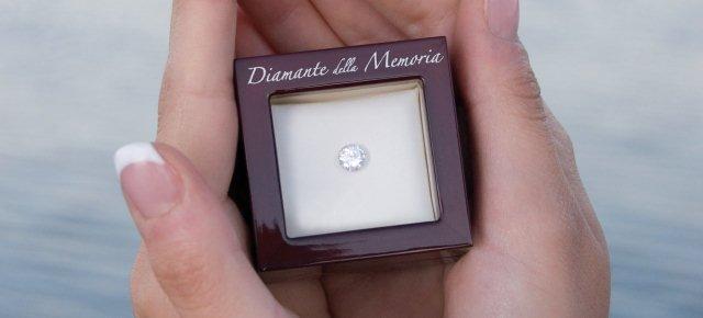 Trasforma le ceneri del figlio in diamante