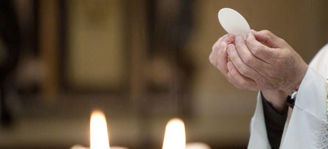 Ruba ostie dalla chiesa per fame