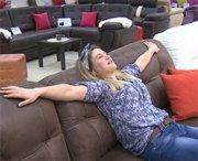 Professione: collaudatrice di divani