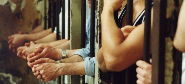 Chiuse quattro carceri, mancano i detenuti