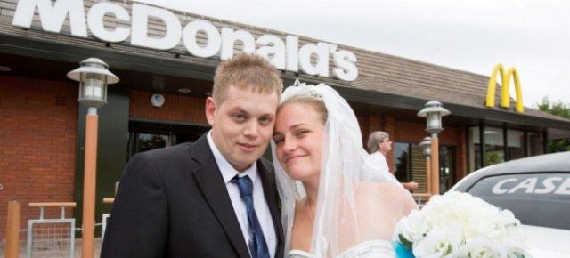 Ricevimento di nozze da McDonalds