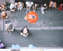 Panini consegnati con il paracadute