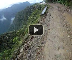 In bicicletta lungo la strada della morte