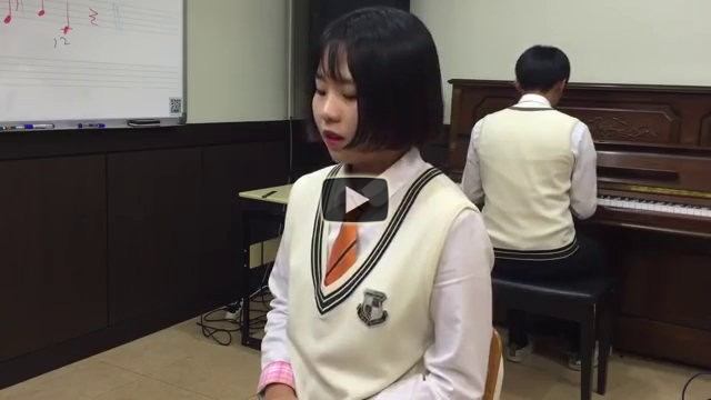 Una studentessa coreana canta Hello di Adele in modo incredibile