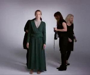 Una ragazza ripercorre 100 anni di moda e stile in soli 2 minuti