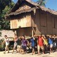 Ecco come avvengono i traslochi in questo villaggio delle Filippine