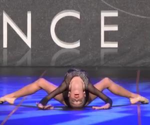 Ballerina manda in estasi il pubblico