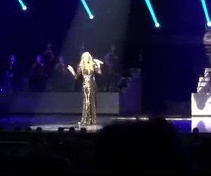 Celine Dion canta Hello di Adele, la sua voce è pazzesca