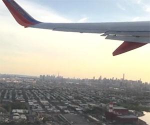 Un drone si schianta contro un aereo appena decollato