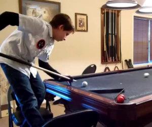Ragazzino di 14 anni gioca a biliardo e ti lascerà a bocca aperta