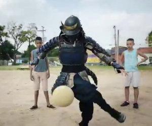 Il samurai che gioca a calcio