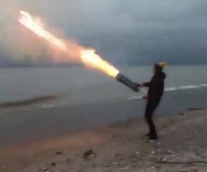 Festeggia in modo originale facendo un cannone di fuochi d'artificio