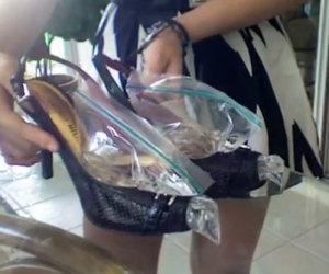 Le scarpe sono troppo strette? Ecco come risolvere il problema