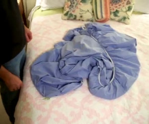 Il trucco definitivo per piegare le lenzuola con gli angoli