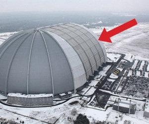 Sembra un hangar militare ma dentro nasconde una sorpresa