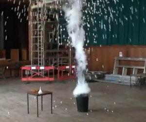 Azoto liquido e 1500 palle da ping pong