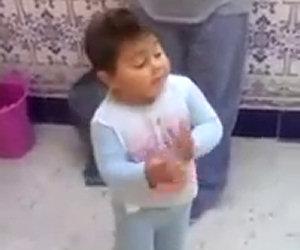 Bimbo di 2 anni balla il flamenco