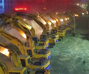Ecco come in Cina viene eliminato un cavalcavia in una notte