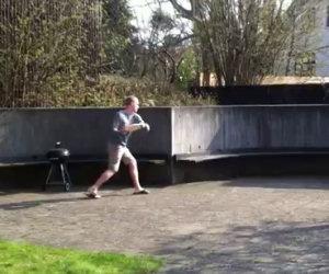 Come giocare a frisbee da soli