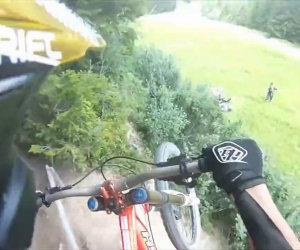 Curva inaspettata in bicicletta