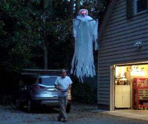 Fantasma volante radiocomandato