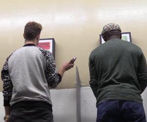 Fare foto nei bagni pubblici
