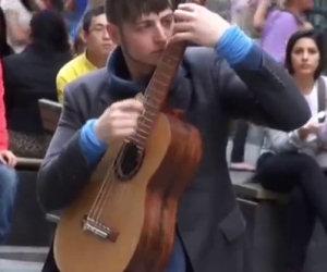 Fenomeno alla chitarra