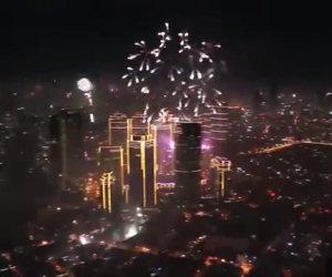 Fuochi d'artificio non sincronizzati
