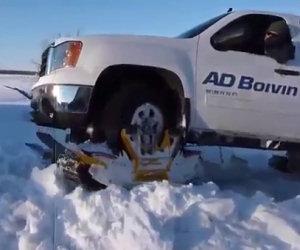 Guidare sulla neve alta