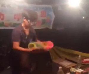 Incredibile talento con la molla magica