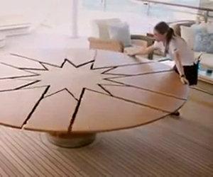 Incredibile tavolo che si allarga